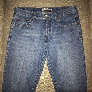 EUC Levi's 505 Straight Leg Jeans Size 8.